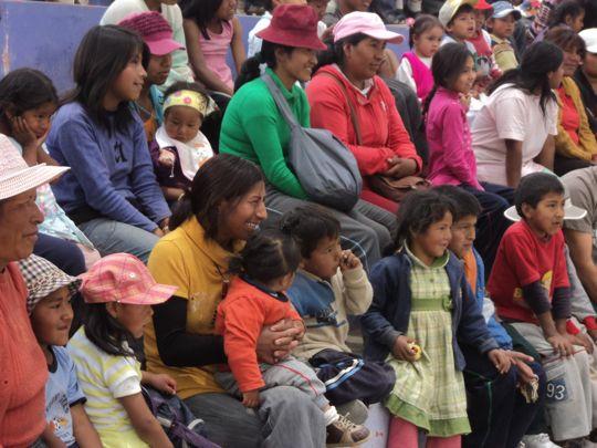 El Mirador Crowd